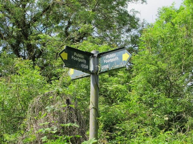 Public footpath sign, Uxbridge Alderglade Nature Reserve