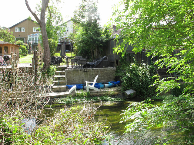 Houses with gardens by Fray's River, Uxbridge