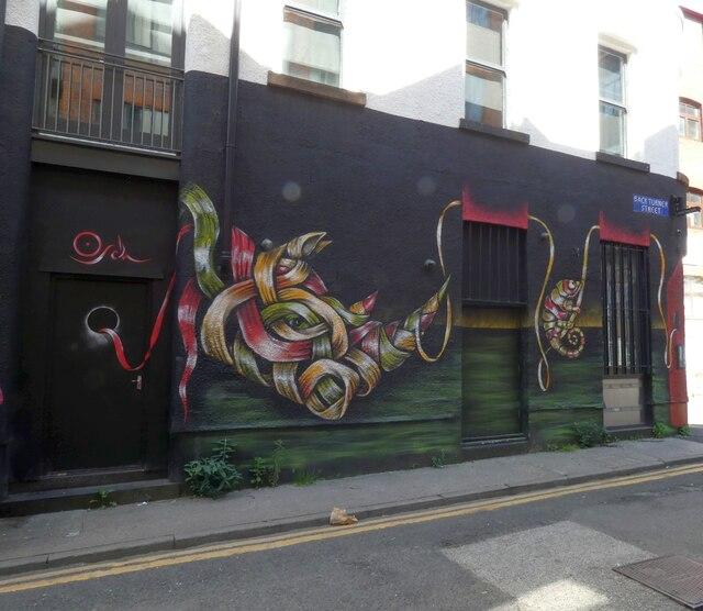 Back Turner Street serpent