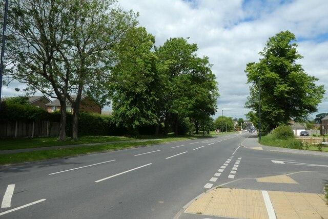 Junction with Braeburn Road