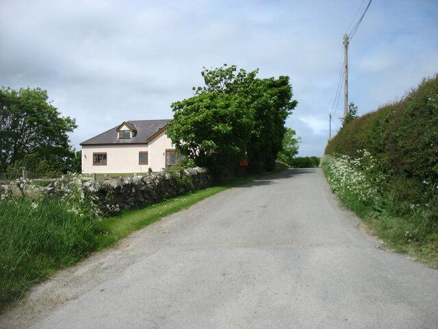 The road to Carreglefn at Llanbabo
