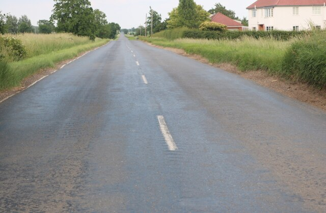 New Road heading out of Chatteris
