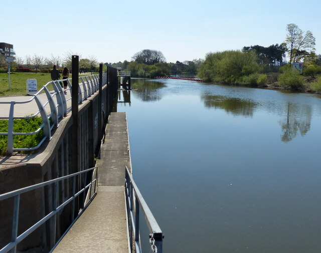 Landing stage along the River Severn at Diglis