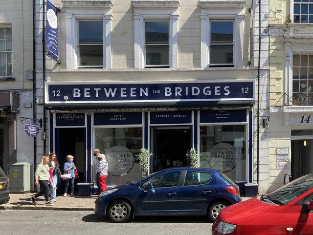 Between the Bridges, Enniskillen