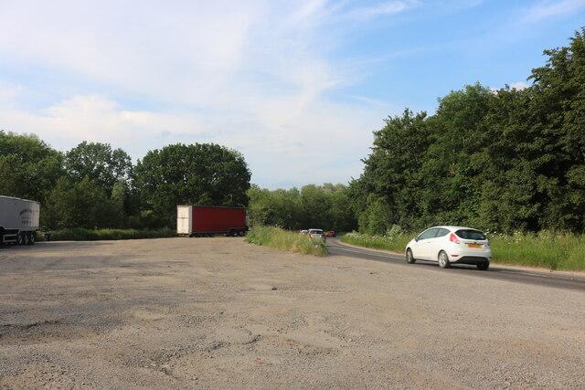 Parking area on London Road, Hemingford Grey