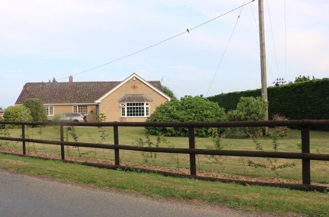 Bungalow on Byall Fen Drove, Manea