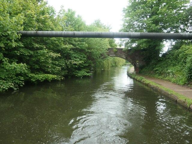 Pipe bridge, east of Seamon's Moss Bridge