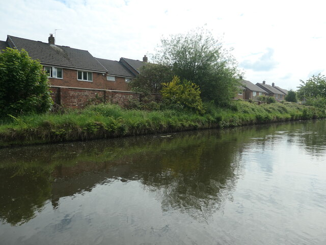 Canalside houses, off Bridgewater Road