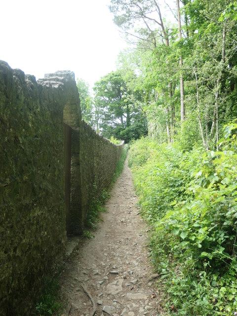 Public footpath near Eden Mount