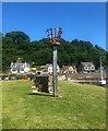 NT0783 : Beacon on Limekilns pier by Bill Kasman