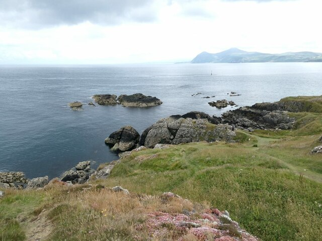 Carreg Ddu and the tip of the Porth Dinllaen headland