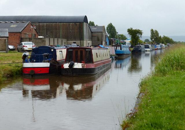 Narrowboats moored at Golden Nook Farm