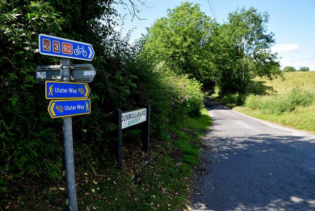 Ulster Way signs, Dunbreen