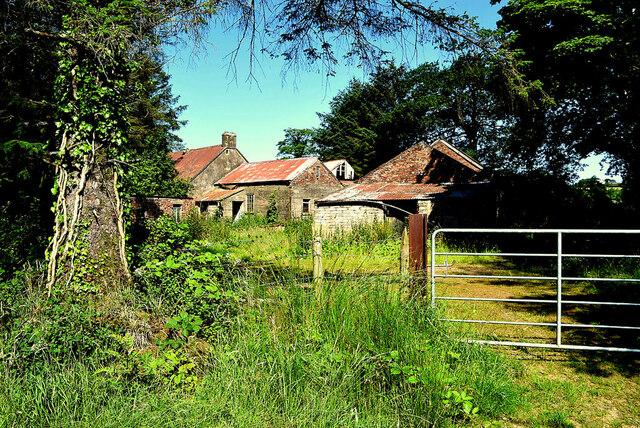Derelict farm buildings, Tirquin