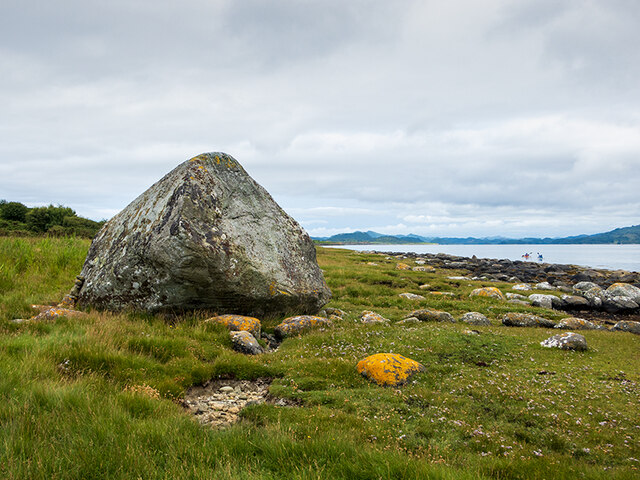 Erratic boulder on the Island of Danna