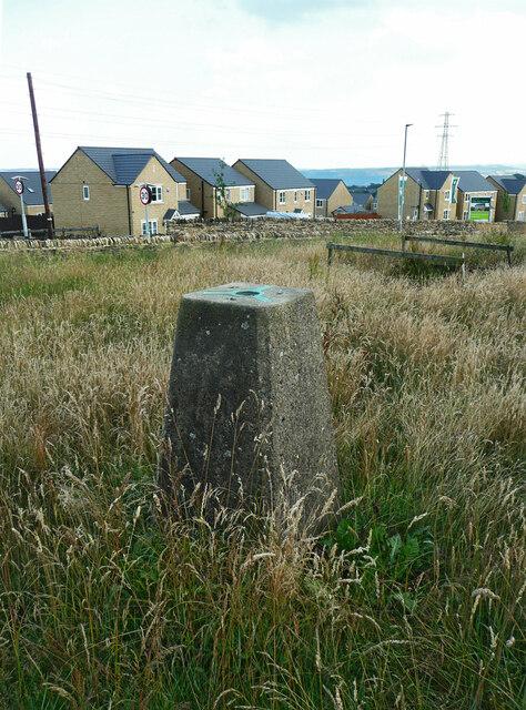 Triangulation pillar off Crosland Road, Lindley