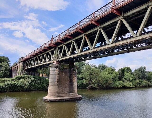 Worcester Railway Bridge crossing the River Severn
