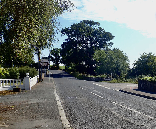 The B180 (Hilltown Road) approaching the junction with  Bryansford Road