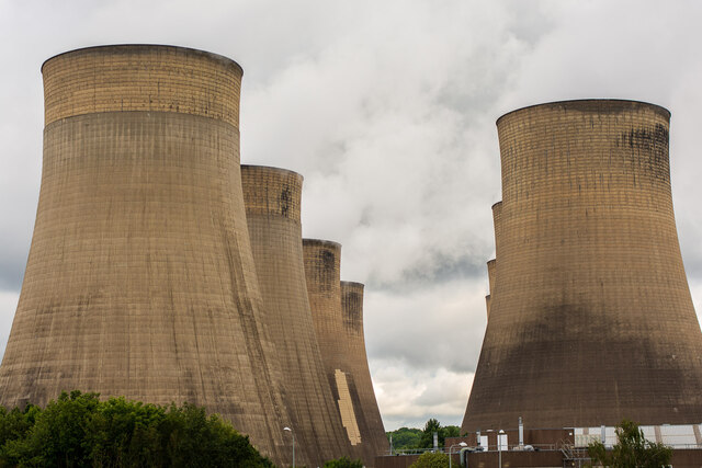 Ratcliffe-on-Soar Power Station cooling towers