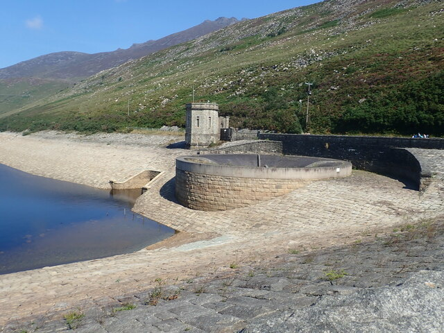 Valve house and bell overflow at the Silent Valley Reservoir
