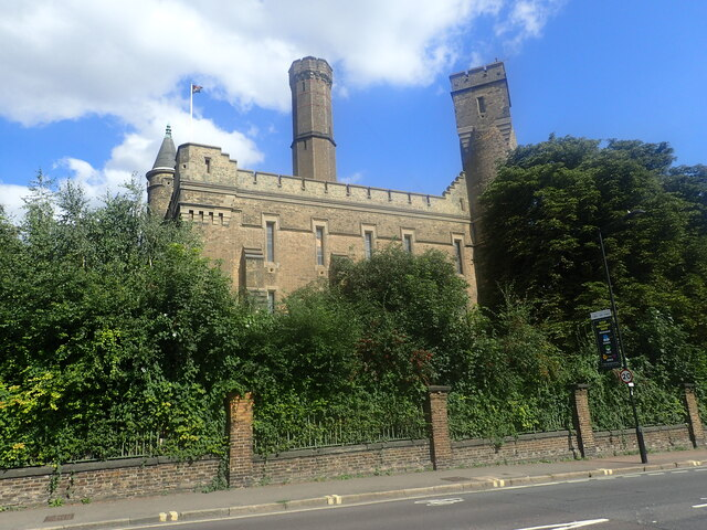 The Castle, Green Lanes