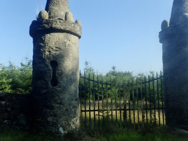 Folly gate posts on the Hilltown Road