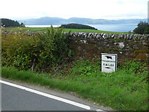 NR9277 : Milepost by the B8000 road by Thomas Nugent