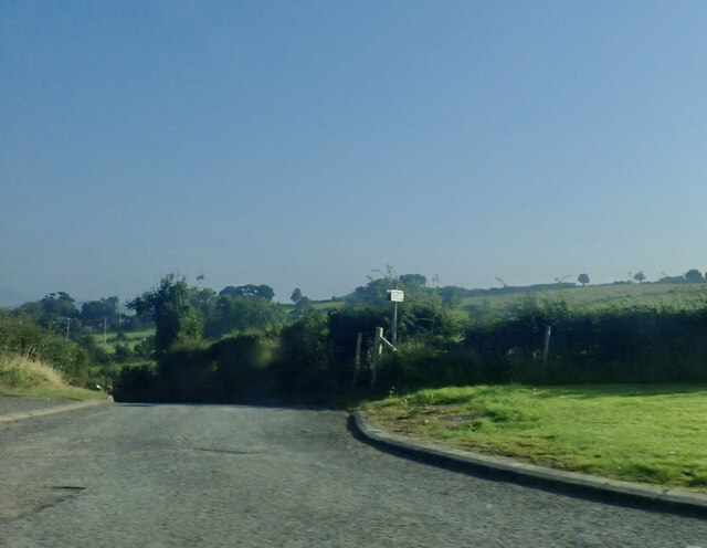 Public footpath linking the B180 and Tullyree Road via the Macleans Close clachan