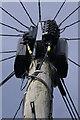 TF0820 : The top of the pole by Bob Harvey