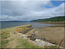 NR9384 : The old pier at Otter Ferry by Thomas Nugent
