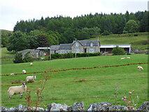 NR9378 : Kilfinan Farm by Thomas Nugent