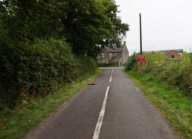 Snapes Lane towards Green Lane, B5033