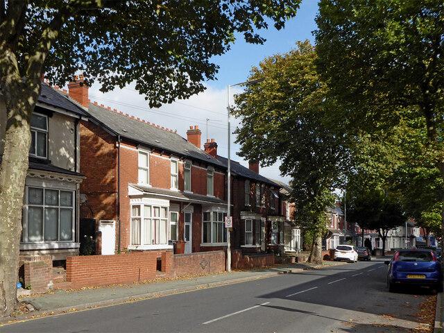 Housing in Lea Road, Wolverhampton by Roger  Kidd
