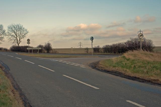 Road junction between Upper Sundon & Streatley