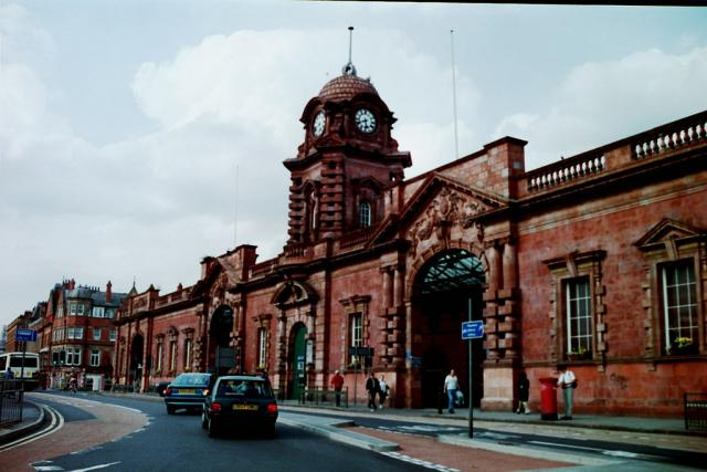 Nottingham Midland Railway station by Alex Foster