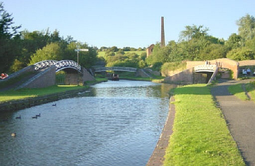 Dudley Canal at Windmill End