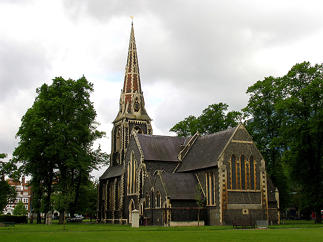 Christ Church in Chiswick Park