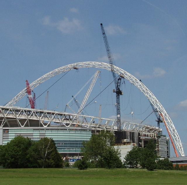 Wembley Stadium Arch under construction