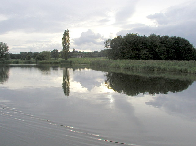 Tixall Wide on The Staffs. & Worcs. Canal