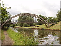 TQ1281 : Footbridge over the Grand Union Canal, near Southall by David Hawgood