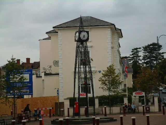Millennium clock, Grosvenor Road, Tunbridge Wells