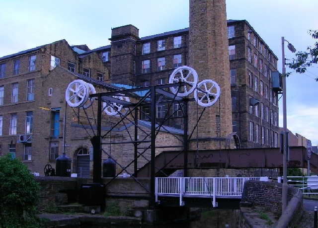 Turnbridge (Locomotive Bridge), Huddersfield
