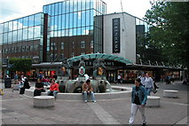 SU6400 : Fountain at junction of Commercial Road & Arundel Street, Portsmouth by Martyn Pattison