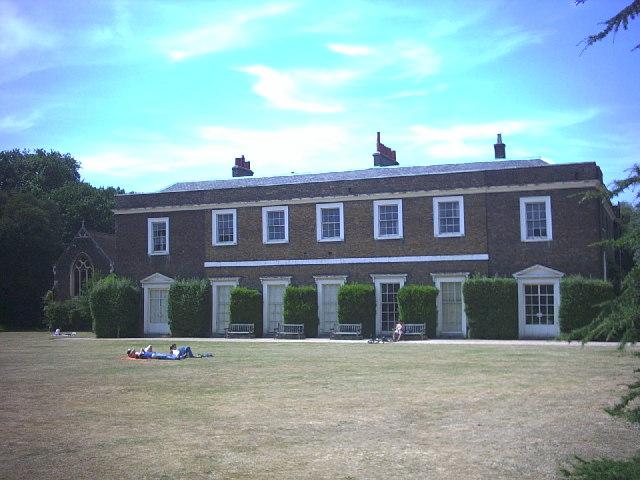 Fulham Palace, Bishop's Park.