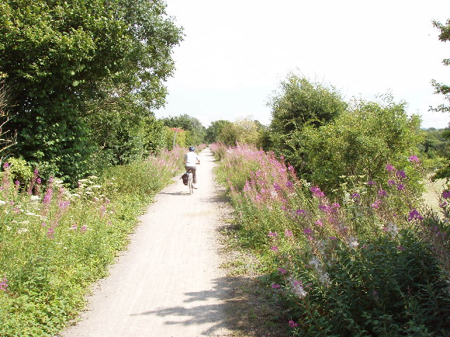 Cycle track, formerly railway, Princes Risborough to Thame