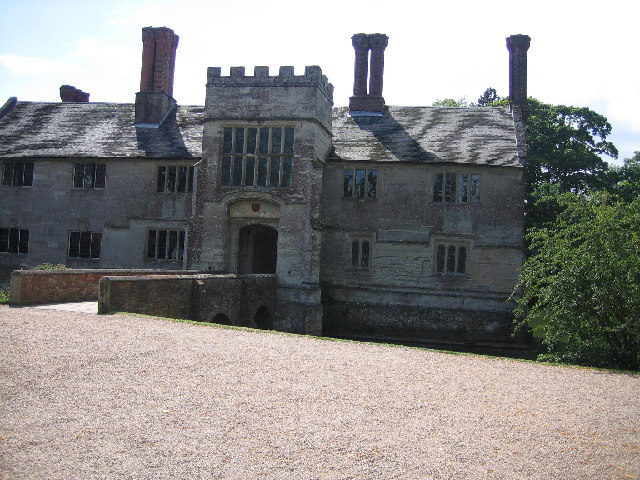 Baddesley Clinton Hall