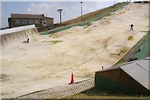 SE0927 : Dry slope skiing, Pule Hill by Mark Anderson