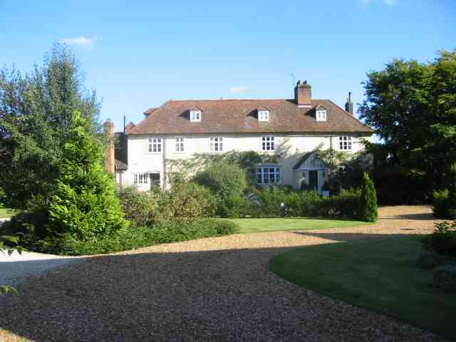 Farmhouse at Mackerye End