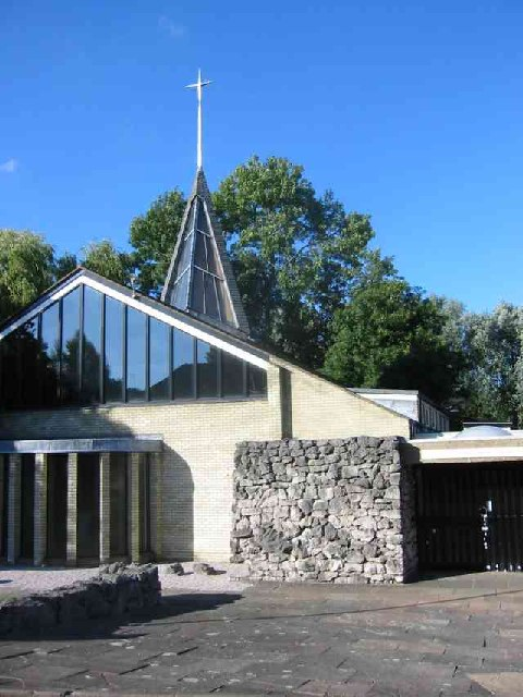 Church of the Holy Trinity in Station Rd  Harpenden