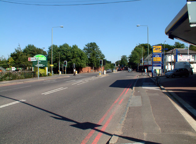 A232 Croydon Road BR2 junction with A233
